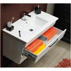 Spintelė voniai su praustuvu Erra Kali